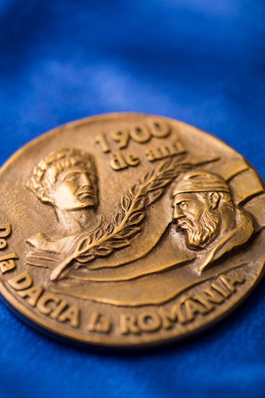 Medalii personalizate pentru competitii, aniversari sau distinctii